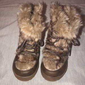 Genuine Kids OshKosh Brown Fur Boots Size 8